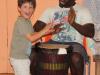 tocando el djembe con Alassan