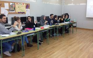 Alumnos del IES Enrique Flórez en clase de lengua de signos