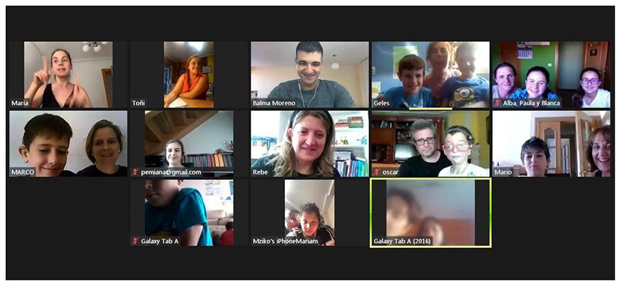 Asistentes a la charla de Eloy Moreno a través de la plataforma Zoom