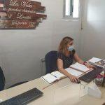 Mampara instalada en la oficina del Servicio de Empleo